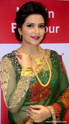 Subhasree Ganguly biography with HD photo pictures Beautiful Girl Photo, Beautiful Girl Indian, Most Beautiful Indian Actress, Beautiful Women, Beautiful Blouses, Beautiful Saree, India Beauty, Asian Beauty, Beauty Full Girl