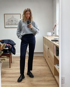 Mode Outfits, Casual Outfits, Fashion Outfits, Womens Fashion, Minimal Fashion, Work Fashion, Mode Style, Style Me, Pantalon Slouchy