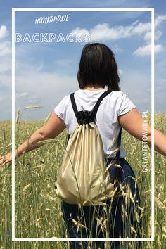 Złoty mat - Worek wykonany z miękkiej matowej ekoskórki. Drawstring Backpack, Backpacks, Diy, Bags, Collection, Do It Yourself, Handbags, Bricolage, Dime Bags