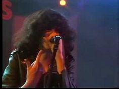 SONGS TO REMEMBER: Ramones - Rockaway Beach. Check indie, rock, pop, alternative videos and songs: songssmiths.tumblr.com  www.scoop.it/t/songssmiths