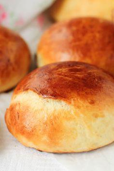 Low Carb Bread, Keto Bread, Low Carb Keto, Low Carb Recipes, Cooking Recipes, Banting Bread, Flour Recipes, Fluffy Dinner Rolls, Keto Buns