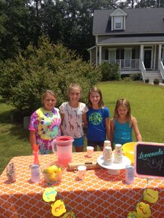 Who doesn't love a lemonade stand! Welcome to Richmond Hill, Georgia!  www.Bocookteam.com