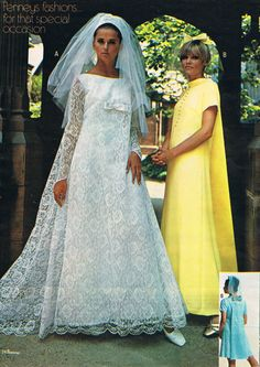 Get Help Planning Your Perfect Wedding Day – Gowns 4 Weddings 1960s Wedding Dresses, Vintage Bridesmaid Dresses, Bridal Wedding Dresses, Wedding Attire, Bridal Style, Wedding Shot, Bridesmaid Gowns, Wedding Dj, Vintage Outfits