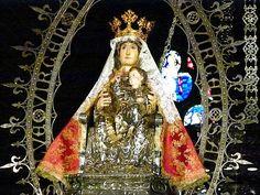 Santa Maria la Real presides over coronation of Navarre kings at Pamplona Cathedral. Pamplona, Santa Maria, Cathedral, Spain, Princess Zelda, Holy Mary, Cathedrals, Virgin Mary, Ely Cathedral