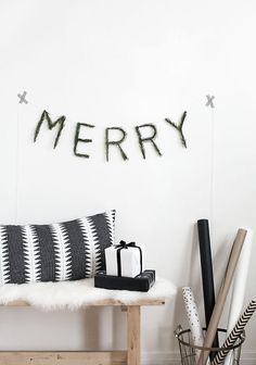 awesome DIY Merry Pine Garland - Homey Oh My!danaz-home-de. Minimalist Christmas, Modern Christmas, Scandinavian Christmas, Simple Christmas, Noel Christmas, Winter Christmas, Christmas Garlands, Christmas Music, Navidad Natural