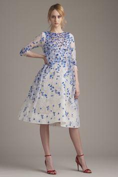 Monique Lhuillier Resort 2016 Fashion Show