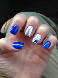Basketball nails University of Kentucky Manicure Football Nail Designs, Football Nail Art, Uk Nails, Hair And Nails, Basketball Nails, Uk Basketball, Kentucky Basketball, Lion Nails, Paw Print Nails