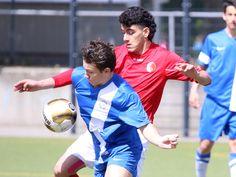 #Mustafa #Fakhro behauptet den Ball.