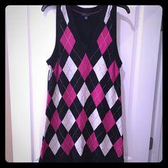 Tommy Hilfiger dress Cute pink and black argyle Tommy dress with pleated bottom Tommy Hilfiger Dresses Midi