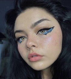 Edgy Makeup, Eye Makeup Art, Skin Makeup, Gem Makeup, White Eye Makeup, Grunge Makeup, Daily Makeup, Eye Art, Cool Makeup Looks