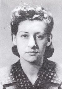 Denise Bloch  had experience in the French Resistance when she turned up in London. Despite the fact that she was a Jew &  warned that the Gestapo probably  knew who she was, Bloch returned France to undermine the German occupation.   trained to collect, code, & transmit information, but with orders, as well, to cut the railway & telephone lines just before the U.S. troop invasion on D-Day. fulfilling her mission threw the Germans into great confusion  while under  massive unexpected attack.