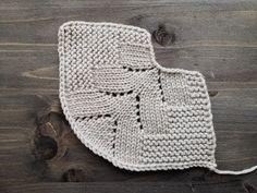 Baby Booties Knitting Pattern, Knit Vest Pattern, Dishcloth Knitting Patterns, Crochet Patterns Amigurumi, Knitting Stitches, Free Knitting, Crochet Hats, Crochet Shell Stitch, Hand Embroidery Videos