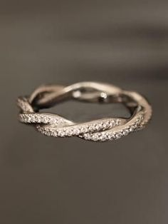 Pretty twisted ring
