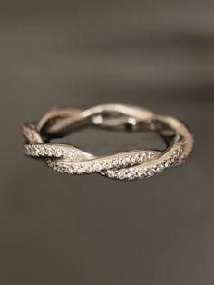 Pretty twisted ring
