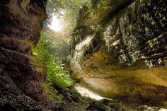Tudtátok, hogy a Nógrád megyében található Páris-patak völgyét a helyiek palóc Grand Canyonnak nevezik?