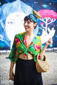 Julia Lobato é responsáel pelo projeto Balancê de adereços de carnaval.