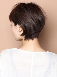 大人のリラックス耳掛けショート(髪型ショートヘア)