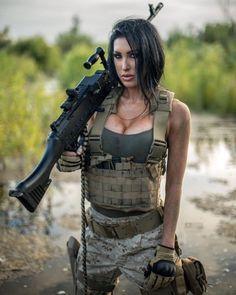 city Fighter Girl Gun for women agency Military / Fighter (Girl) . guns girl day z Fighter Girl, Mädchen In Bikinis, Military Girl, Female Soldier, Warrior Girl, Military Women, Big Guns, Badass Women, Poses