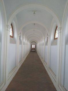 Convento e Chiesa di San Francesco delle Monache XIII sec. - Foto di Francesco Campanile