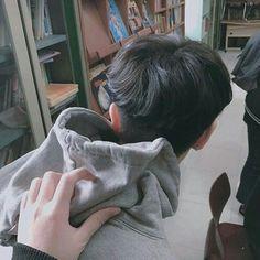 Korean Boys Ulzzang, Cute Korean Boys, Ulzzang Couple, Ulzzang Boy, Asian Boys, Couple Aesthetic, Aesthetic Boy, Shadow Photos, Korea Boy
