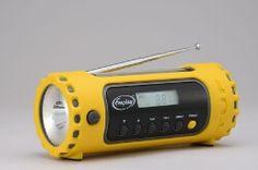 Freeplay Kurbelradio TUF Multi Band / #Solar - Dieser Weltempfänger ist ein kompaktes Universalradio, das durch seine Vielseitigkeit schnell zum unersetzlichen Begleiter wird. Neben dem empfangsstarken #Radio ist es auch als #Taschenlampe einsetzbar. http://kurzurl.net/Freeplay-Kurbelradio-TUF-Multi