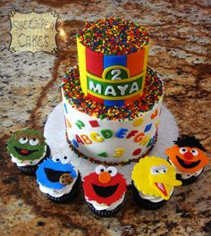 Sesame Street Birthday Small two tier buttercream and fondant cake with character cupcakes. 2 Birthday Cake, Elmo Birthday, Birthday Cookies, Boy Birthday Parties, Birthday Ideas, Sesame Street Birthday Cakes, Sesame Street Cupcakes, Sesame Street Cake, Elmo Cake