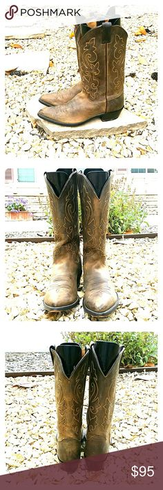 Justin Western Boots Brown, great condition, very slight wear Justin Boots Shoes Cowboy & Western Boots