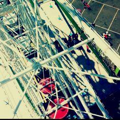 Ferris wheels are the bomb.