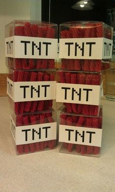 Minecraft TNT Template and Font. Make your kids Minecraft party really great with this cool TNT template. Wrap licorice, or label some clear boxes to make it look like actual TNT from the game. Beach Party Games, Tween Party Games, Bridal Party Games, Princess Party Games, Backyard Party Games, Dinner Party Games, Graduation Party Games, Sleepover Party, Minecraft Party Favors