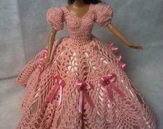 Vestido em croche para barbie
