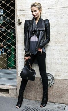feeling crazy for leather, right now. love this jacket!