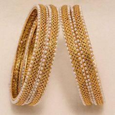 Bored of wearing your gold plated bangles or looking out for something more classy yet ethnic? brings you one of its most exquisite designs in bangles. Plain Gold Bangles, The Bangles, Gold Bangles Design, Gold Plated Bangles, Gold Jewellery Design, Bracelets, Mehndi, Bollywood Jewelry, 18k Gold Jewelry