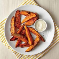 Dive into delightful, golden brown sweet potato wedges for a quick snack or side dish. Courtesy of our partners at Cooking Light, this recipe uses a two-step process to pre-cook the potatoes before… Cooking 101, Cooking Light, Cooking Recipes, Microwave Recipes, Skillet Recipes, Cooking Games, Easy Cooking, Casserole Recipes, Cooking Sweet Potatoes