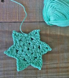 a step by step crochet star tutorial