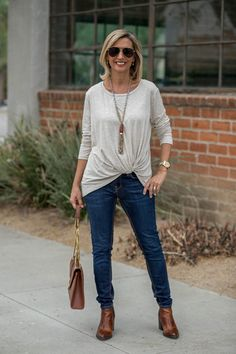 A Casual Neutral Look For Early Fall