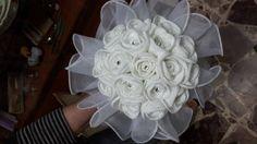 #Matrimonio in vista? Questo #bouquet potrebbe fare al caso vostro: è insolito, #handmade e potete conservarlo per sempre!  Scopritelo qui: http://www.gianclmanufatti.com/#!sposa-bouquet-comunione/cxtd