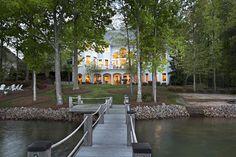 【スライドショー】米ノースカロライナ州ノーマン湖のほとりに立つ豪邸が競売に - WSJ.com