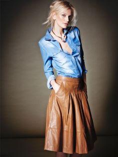 Jetzt werden die Röcke wieder länger. Figurbetont in Bleistiftform oder in schmeichelnder A-Linie