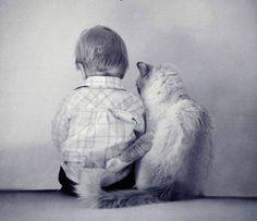 Onbegrepen en onbemind overkomt volwassen en kind Een vervelend gevoel je zoekt warmte en hebt het toch koel