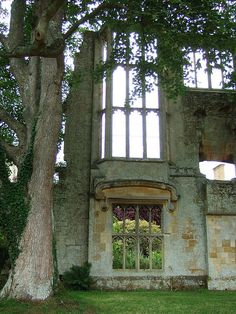Sudeley Castle, more beautiful ruins.