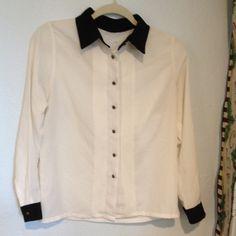 Vintage boutique black white blouse brass buttons Beautiful blouse vintage. No tags Boutique Tops Blouses