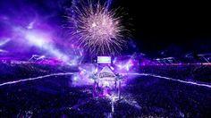 Undertaker goes to 20-0 under fireworks-filled skies.