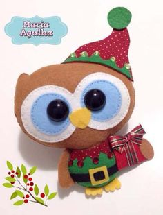 Molde do papai noel deitado para fazer lindos enfeites para o natal. Christmas Owls, Felt Christmas Ornaments, Christmas Sewing, Felt Decorations, Christmas Decorations, Ornament Crafts, Christmas Crafts, Felt Crafts Patterns, Felt Gifts