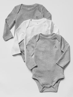 Welcome home baby with the softest newborn clothes from Gap. Shop newborn baby clothes that are cotton and adorable. Baby Outfits Newborn, Baby Boy Outfits, Baby Gap Boy, Baby Baby, Carters Baby, Gender Neutral Baby Clothes, Newborn Essentials, Baby Kids Clothes, Baby Boy Fashion