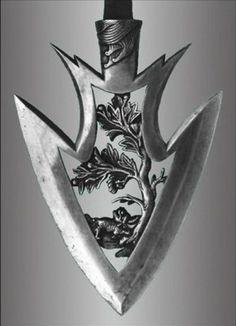 japaneseaesthetics: Arrowhead used on a Kyudo arrow. Japan - The Kimono Gallery I would be too scared of losing it to shoot it Swords And Daggers, Knives And Swords, Katana, Armas Ninja, Bow Arrows, Arm Armor, Fantasy Weapons, Bow Hunting, Hunting Arrows