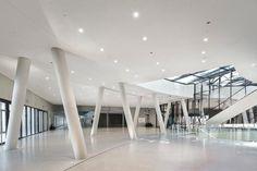 Shigeru Ban Architects, Jean de Gastines, Sergio Grazia, Luc Boegly · La Seine Musicale