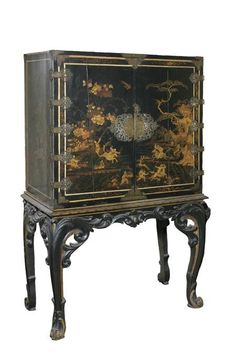 Antique Chinoiserie cabinet, a style at the height of fashion during earlier generations of the Crawley family. Chinoiserie, Downton Abbey, 17th Century, Vignettes, In The Heights, Cabinet, Antiques, Inspiration, Furniture