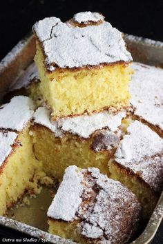 jogurtowe kubeczkowe , ciasto jogurtowe , Gâteau au Yaourt , szybkie ciasto , e. Sweets Recipes, Cake Recipes, Polish Desserts, Kolaci I Torte, Lime Cake, Quick Cake, Yogurt Cake, Almond Cakes, Bread Cake