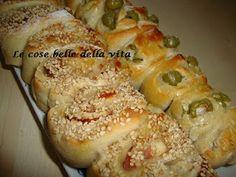 Rose di pane alle olive e al prosciutto