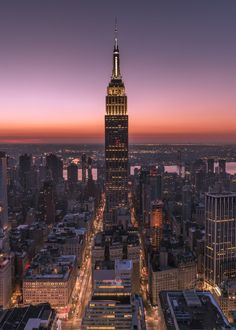 Empire State Building Sunrise by Greg Torchia @gregroxphotos | via newyorkcityfeelings.com - The Best Photos and Videos of New York City including the Statue of Liberty Brooklyn Bridge Central Park Empire State Building Chrysler Building and other popular New York places and attractions.